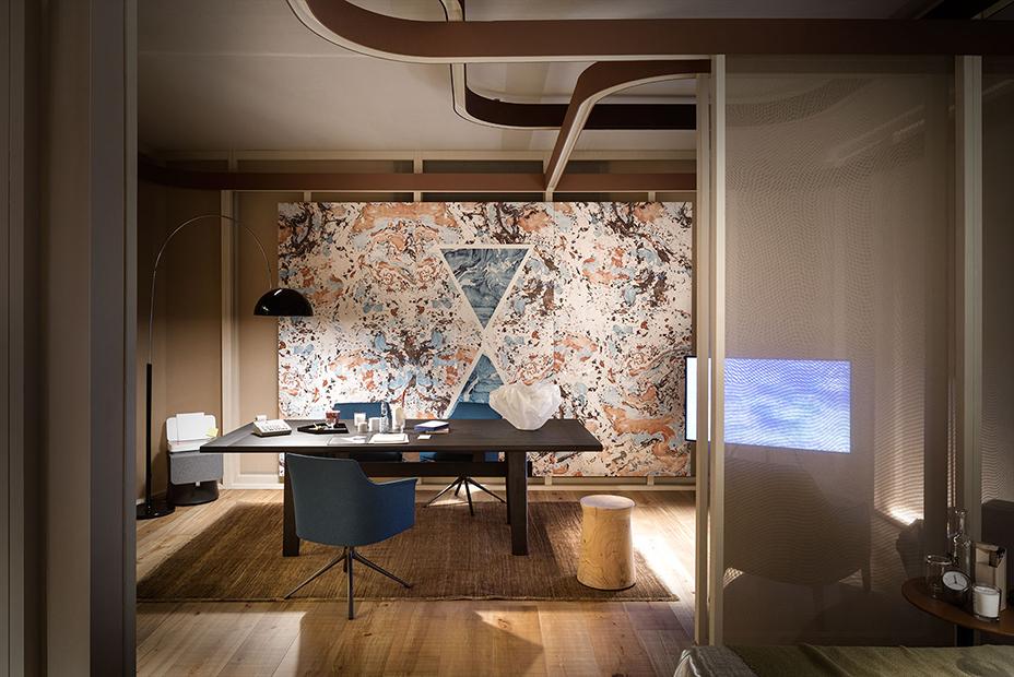 ELLE DECOR _ Mostra a Palazzo Bovara per il Salone del Mobile